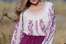 La blouse roumaine by Anilu / Famous handmade Romanian blouse by Anilu
