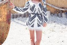 Bohemian dresses embroidered by hand / Discover fabulous bohemian dresses embroidered by hand