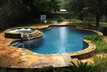 Backyard Inspiration / Pools that Inspire