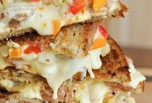 OMG CHEESE / A collection of the cheesiest recipes on the internet. Life is better when it's CHEESY!