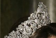 Crowns, Tiaras and Other Hair Adornments / by N. Washington