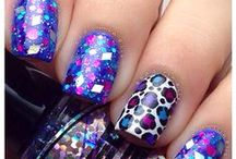 nails / by Tracey Gonzalez