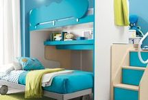Children's Furniture / Our Modern Children's Bedroom Furniture part has a latest large collection of bunk beds, single beds, wardrobes, desks,  beds, all from Italy, presented as individual items or with similar furniture.