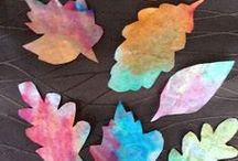 Fall Crafts & Activities for Kids / Fall and Autumn crafts for kids to make.  Easy classroom crafts, activities and printouts for kids with a Fall and Autumn theme.