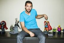 Zachary Levi ❥ adorable nerd