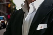 Pochette da Giacca | New Classic / Seven Days Collection: linea esclusiva di #Pochette da giacca Made in Italy. realizzata di un piquet bianco di alta gamma. #Asola e #bottone, solitamente protagonisti del polsino della camicia, diventano l'elemento imprevisto di un fazzoletto da taschino inconsueto e originale. Disponibile con asola in sette colori: #Monday arancione, #Tuesday verde, #Wednesday marrone, #Thursday rosso, #Friday lilla, #Saturday blu e #Sunday giallo.  www.eyeletmilano.com