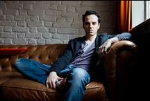 Andrew Scott ♥ killers puppies eyes
