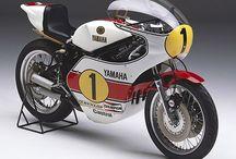 vintage motorbikes & extras / state of the art motorbikes from golden era (plus extra)