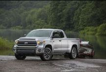 2015 Toyota Tundra / The 2015 Toyota Tundra is ready to work with impressive towing capacity, choice of 4.6L and 5.7L engines, and Regular, Double Cab, and CrewMax models. Tundra is ready for any project. It's time to roll up your sleeves.