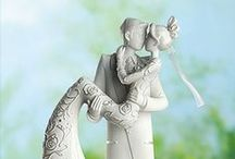 Wedding Cake Topper Ideas / Explore the creative possibilities!