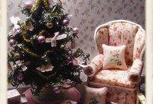Dollhouse Christmas / Ornaments, presents, trees, stockings, foods etc