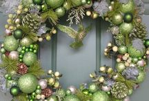 Wreaths / Perfect décor that's easily replaceable.