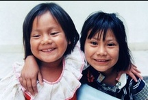 Children from around the world / Children should know what other children do, wear, eat and play
