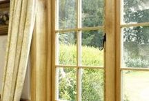 Oak windows / Oak windows from Venables Oak producers of custom made windows for both new build and restoration projects, in traditional or contemporary designs. We also carry a range of stock designs, plus window boards.