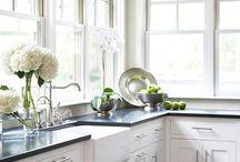 Kitchen / by Kelly Bochat
