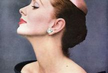 JOHN RAWLINGS / Rawlings (1912-1970) was a Condé Nast Publications fashion photographer from the 1930s through the 1960s. Rawlings left a significant body of work, including 200 Vogue magazine and Glamour magazine covers to his credit and 30,000 photos. Rawlings was in the elite circle of top Vogue photographers Irving Penn, Horst P. Horst, George Hoyningen-Huene, and George Platt Lynes.