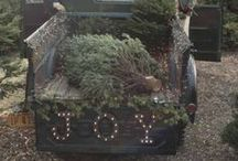 Holidays:  Christmas / Christmas decorations and ideas we love.