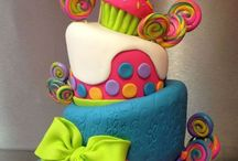 Cakes cakes cakes / Cakes in mugs cakes for weddings cakes for any thing