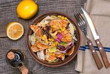Healthy Recipes You Can Enjoy Without Any Guilt / Eating healthy doesn't mean that you have to miss out on flavor! This collection features some of our very best recipes that are good for you and great tasting. From a traditional berry salad to an amazing recipe for a delicious huevos rancheros. Try out any of these recipes and you're sure to love them.