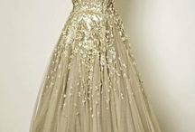 *Glitzy Glam Glittery Gowns* / Stunning sparkly gowns