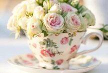 *Vividly Vintage Weddings* / Inspiration for a vintage, shabby chic wedding...