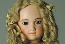 Antiiksed nukud ja riided / Antique Dolls and Clothes