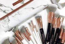 MAKEUP BRUSHES | Tools, Sponges, Makeup Application