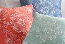 Luxury Pillows / Pillows, White Goose Down Pillows, Down Alternative Pillows, Down Pillows