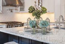 Kitchen / Decorating your kitchen. Kitchen remodel, kitchen floor, kitchen counter, kitchen cabinets.