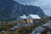 cabin | chalet / Cosy mountain and lake houses