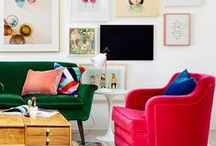 HOW TO: DECORATE A GALLERY WALL / Tips on how to transform your blank canvas to the prettiest gallery wall.