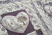Lynette Anderson / Rosalie Quinlan style quilts