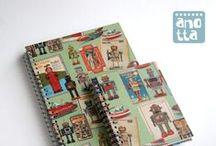 Libretas hechas con papel de regalo / Libretas hechas a mano reciclando papeles de envolver y de regalo.