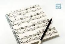 Libretas hechas con partituras / Libretas hechas a mano reciclando viejas partituras musicales