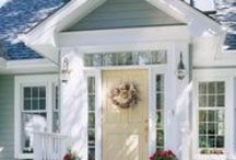 Exterior Paint Colors / by Rhonda Stephens