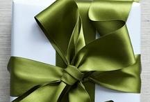 Gift Wrapping / by Lorenza Echeverría