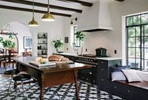 KITCHEN / Kitchen design ideas & inspiration with the elegant, eclectic and essentialist look I love. See my own home & client design work here >> bit.ly/2mOd9wQ