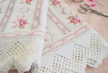 Vintage Nights / Vintage bed linens, antique beds, and beautiful bedrooms