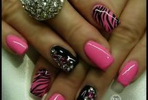 nails / by Pinning Queen