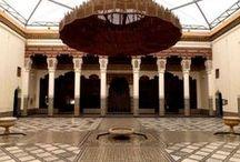 Viajar a Marruecos con Amazigh / Viajes Amazigh Marruecos, te ofrece a través de sus viajes y circuitos la ocasión para conocer Marruecos de una forma autentica y profunda. Viajes pensados para todo tipo de viajeros