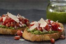Vegetarian paninis & crostinis / Bread, sandwichs, paninis, bruschettas, crostinis, etc.