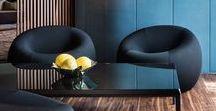 Interior in Blue / Blau wirkt frisch und erzeugt in der Inneneinrichtung ein Gefühl von Weite und Tiefe. Bei Möbeln, Textilien und Accessoires lässt sich mit Blau gekonnt Akzente setzen