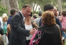 Tra la mia gente / Il Candidato Presidente Valentino Mancinelli in mezzo agli abitanti del quartiere Aurelio