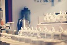 Dans le secret de THEODOR... / Le laboratoire et l'usine de la Maison THEODOR