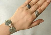 Gifts for the Nature Lover / Nature Inspired Jewelry & Gifts for the gardeners and nature lovers in you life.