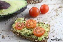 Low Carb Brot und andere Frühstücksideen / verschiedene Low Carb Brotrezepte und andere Frühstücks-Rezepte ohne Kohlenhydrate