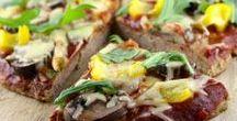 Low Carb Pizza / Pizza ohne Kohlenhydrate mit Pizzateig ohne Weizenmehl glutenfrei, Low carb und gesund