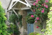 Cottages & Farmhouses
