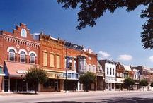Historic Pella, Iowa! / As the home of Jaarsma Bakery for many generations, our historic Iowa town has much to offer to its townspeople and keeps visitors who keep rolling in.