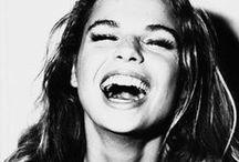 SMILE / きっと世界は笑顔で救う事が出来るはず!! 笑おう!!